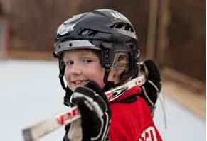 Boy gets his wish to play hockey with make-a-wish New Hampshire